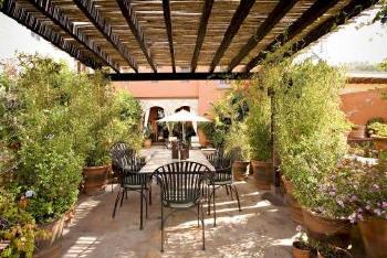 Villa puerta del sol a luxury vacation rental in san for Villa puerta del sol